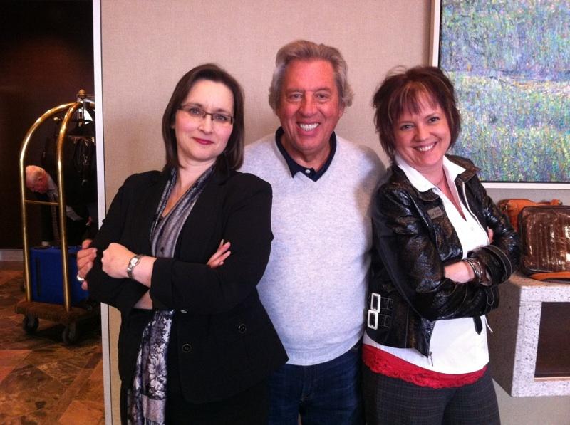 John Maxwell, Lisa & I having a 'moment'.